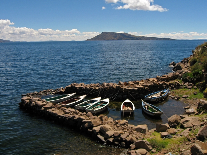 TIT - Boats on Taquile