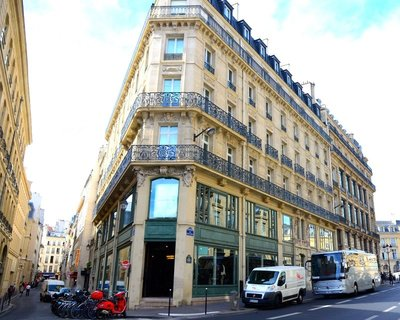 2014_Paris_Arch_24.jpg