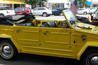 2014_yellowcar_1.jpg