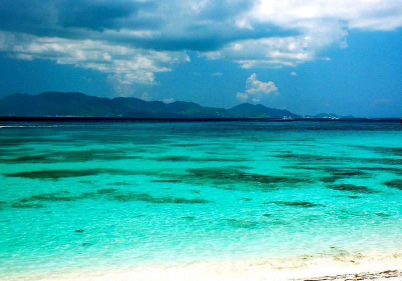 large_12011_AXA_F..beach_1.jpg