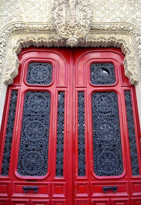 large_2014_Paris_doors_02.jpg