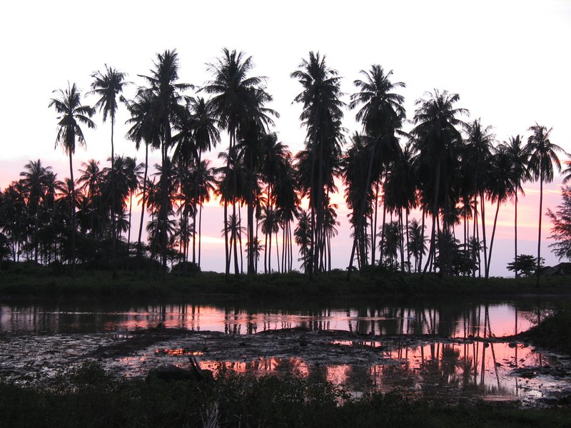 Evening falls on Koh Lanta
