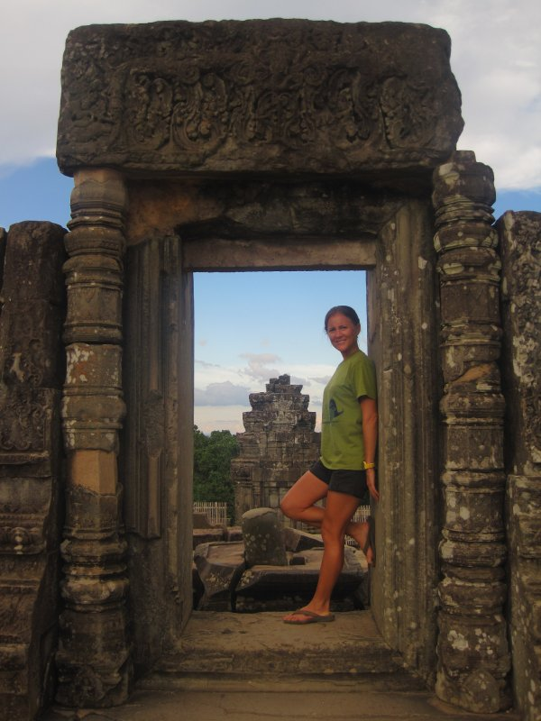 Photo op at sunset in Angkor