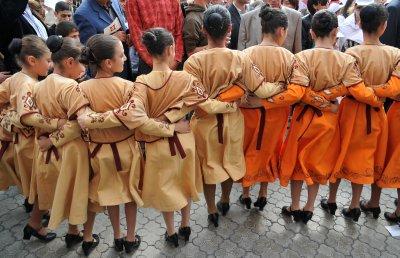 Erevan dancing girls