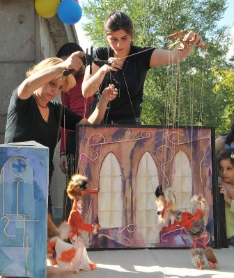 Erevan_puppet_show.jpg