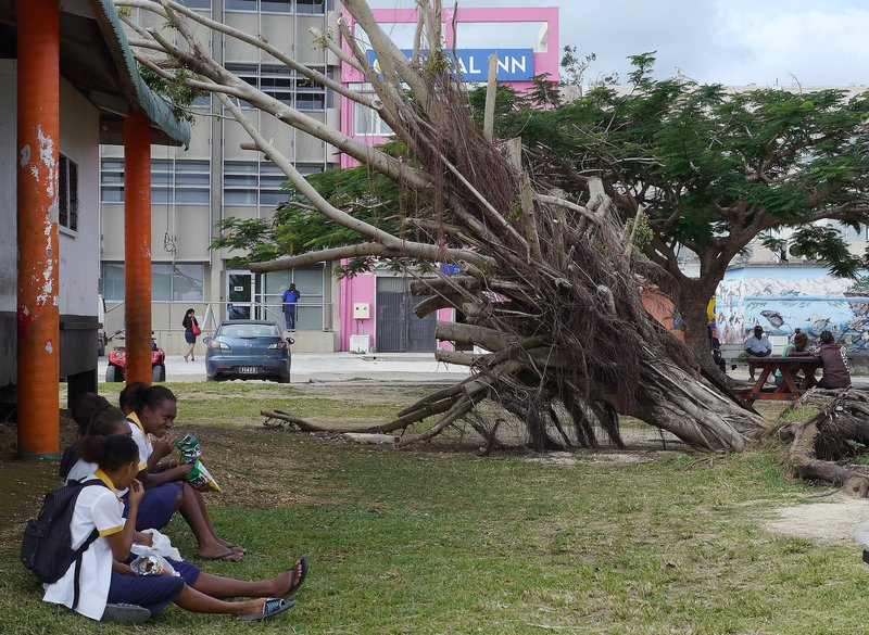 large_cyclone_da..n_Port_vila.jpg