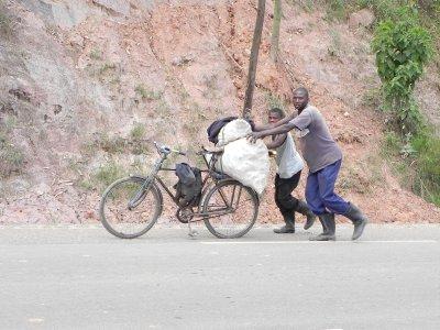 Road back to Kigali (1)