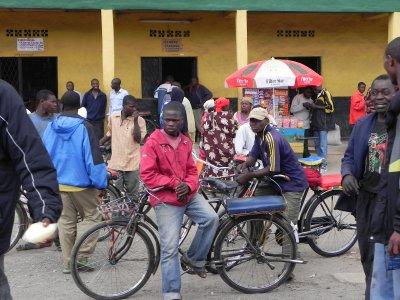 Road back to Kigali (20)