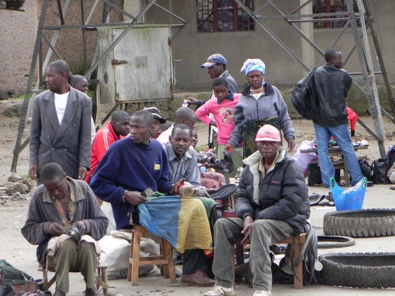 Road back to Kigali (19)