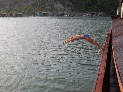 Paula_diving.jpg