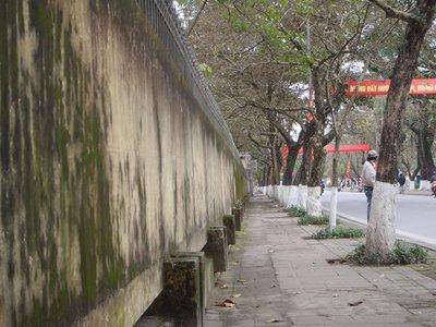 Le Loi Street Scene, Hue