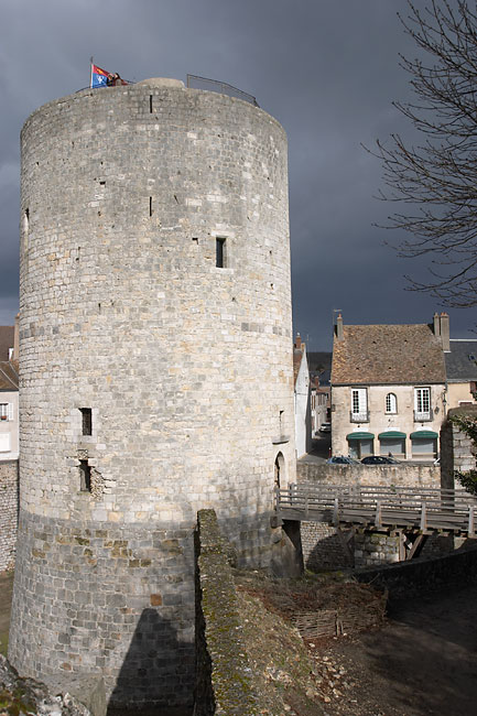 Dourdan castle keep