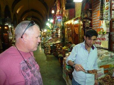 7Istanbul_D.._Bazaar.jpg
