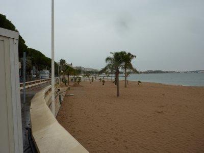 Cannes_Beach.jpg