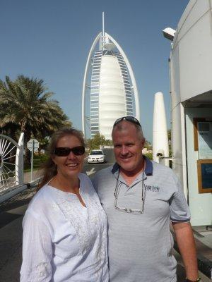 Dubai_Burj..b_Hotel.jpg