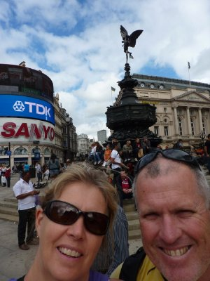 London_Pic.._Statue.jpg