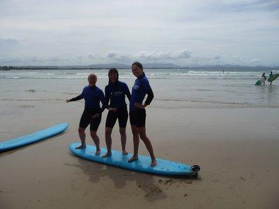 Surf chicks