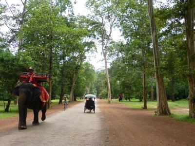 Angkor_Thom-001.jpg