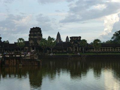 Angkor_Wat-001.jpg