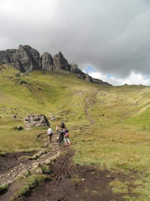 Pathway to Old Man of Storr