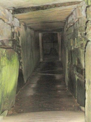 The 10m entrance to Maeshowe
