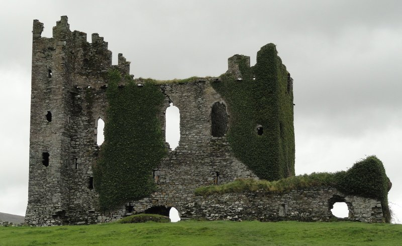 Ballycarbery Castle 15thC