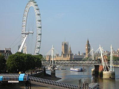 London Eye and Parliament / Big Ben