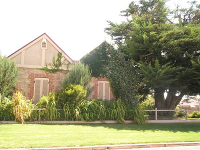 some of the houses in Port Broughton date back to 1880