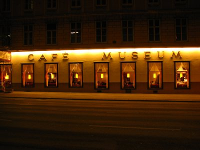 Cafe Museum by night