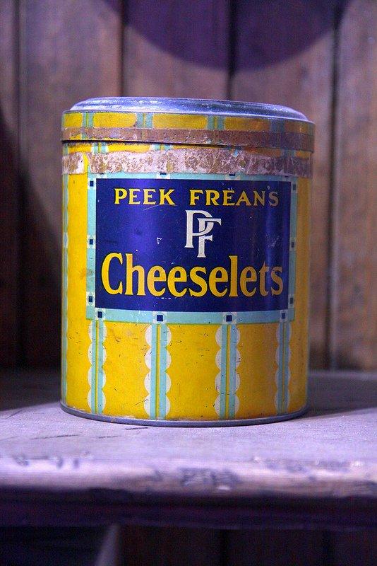 Peek Frean's Cheeselets