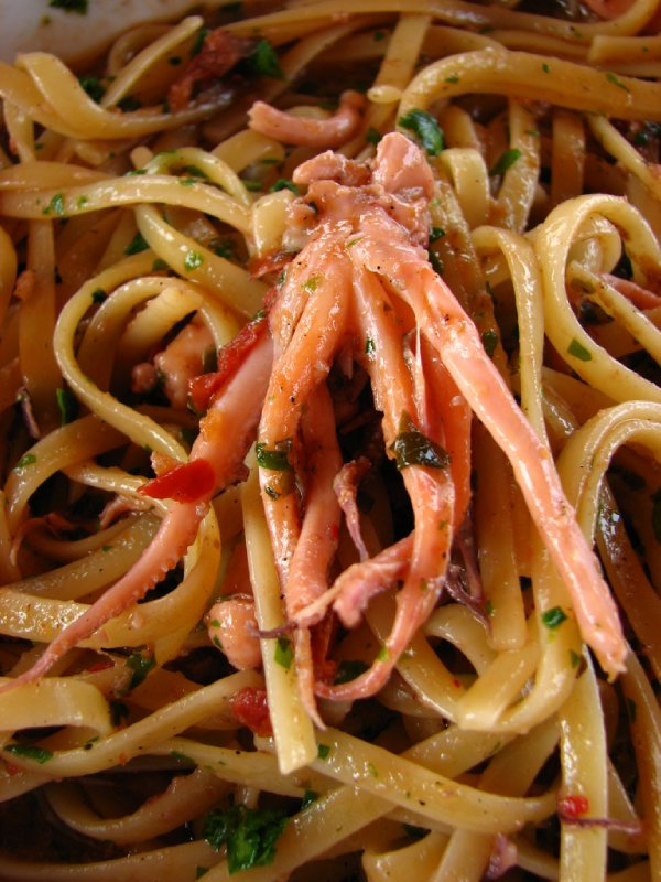 Squid linguini