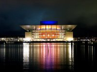 Opera House (Operaen) by night