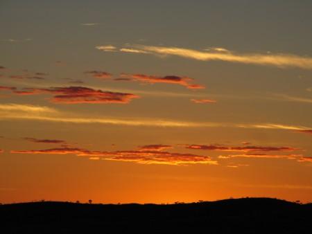 devils marbles sunset 5
