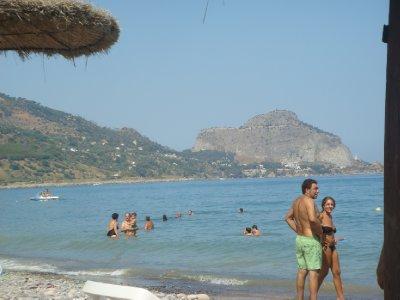 Vue de la plage de Sant Ambroggio