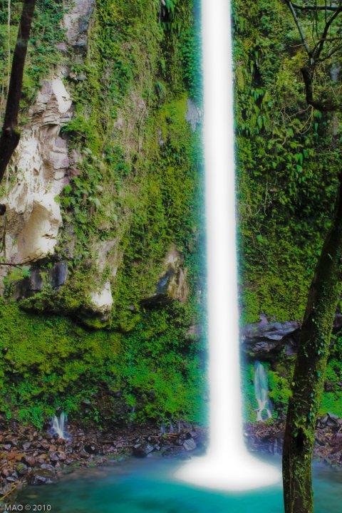 Katibawasan Falls, Camiguin Philippines