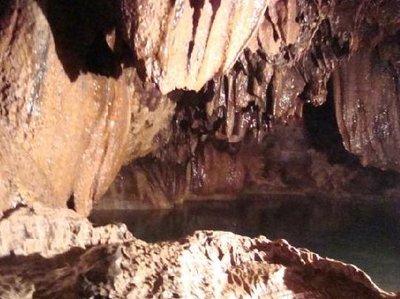 sumaguing_cave2.jpg