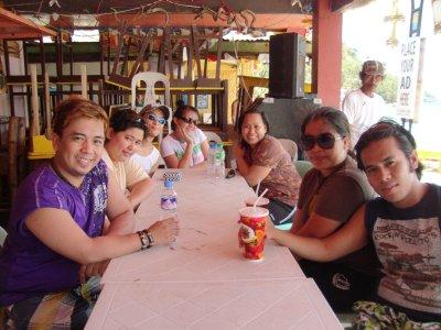 Lunch sa Puerto Gallera