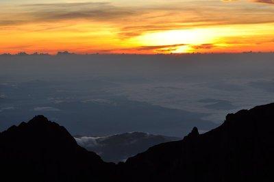 Sunrise atop Mt Kinabalu