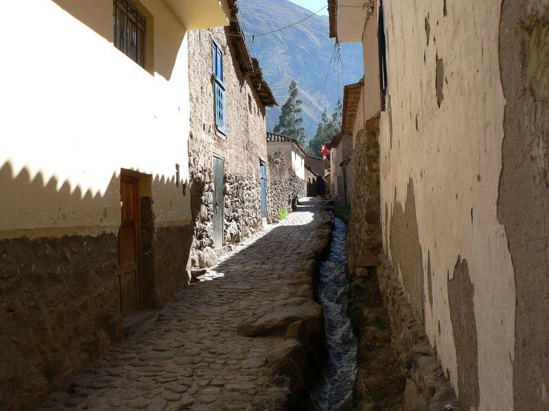 Typical street in Ollyantaytambo