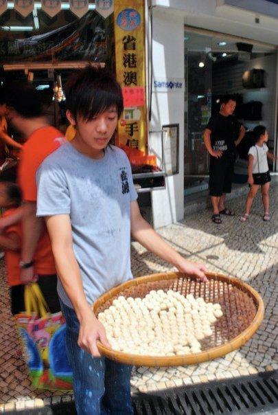Cake seller in St. Paul Street