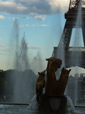 Eiffel Tower and Fountain