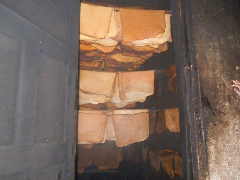 large_rubber_smokehouse.jpg