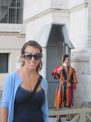 Kristine with the Swiss Guard