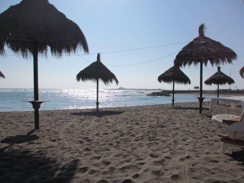 Deserted beach in Arica