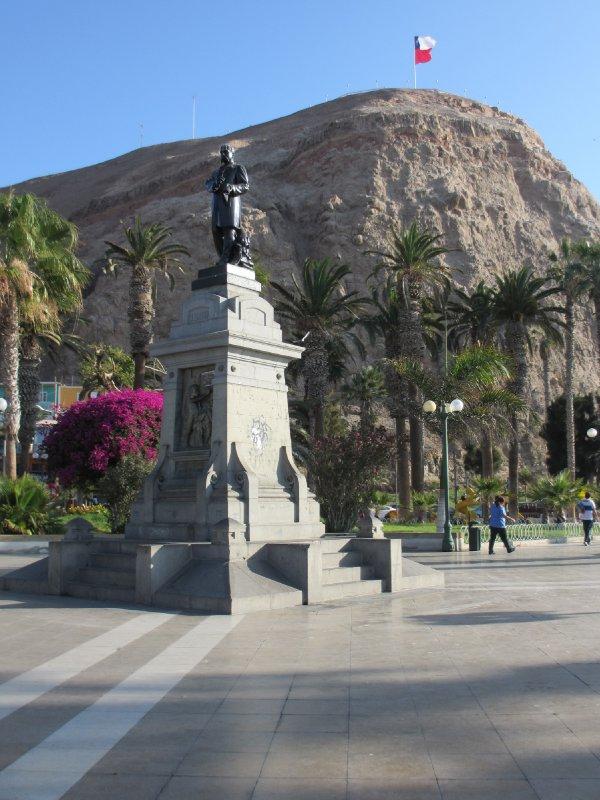 Statue in Arica