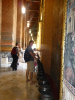 Saying 100 prayers at Wat Pho Temple