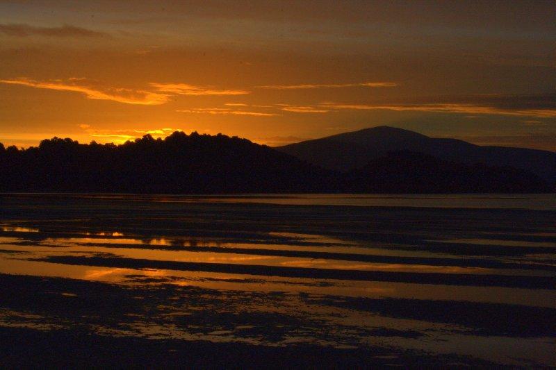 Rakiura (Glowing Skies) at Sawdust Bay