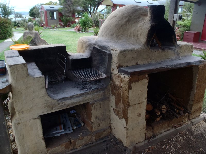 Cob Ovens at Solscape