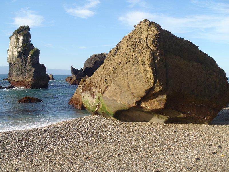 Monroe Beach Boulders