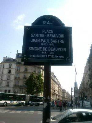 Outside Les Deux Margots